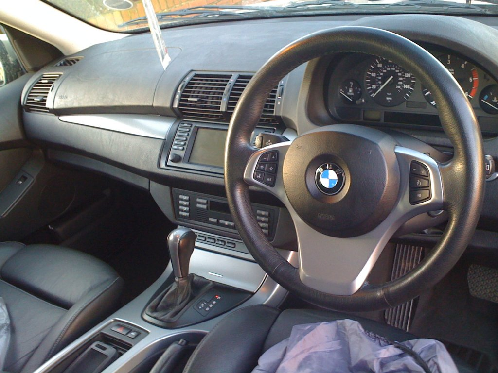 E53 Facelift Steering Wheel Trim Replacement